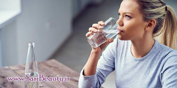 نوشیدن آب و تأثیر آن بر پوست صورت